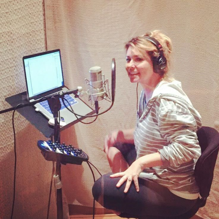 Shania Twain em estúdio gravando seu novo álbum