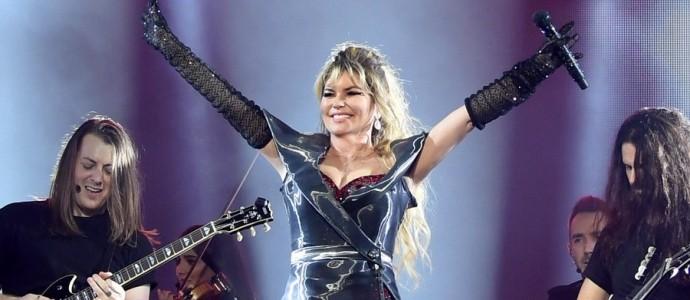 """Shania Twain deve participar do especial """"Stay Home for Nevada"""""""